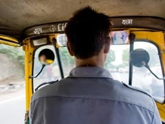"""Feel Like Beggar Without Money"": Auto-Drivers Face Financial Crisis Amid Lockdown"
