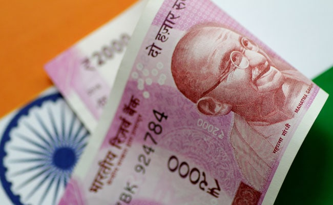 Rupee Closes Higher At 71.55 Against Dollar