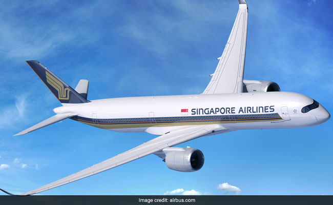 World's longest non-stop flight arrives in U.S.  from Singapore