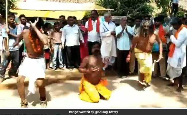 छत्तीसगढ़ : इस मामले में सबसे जुदा हैं यह विधायक, दुर्गा नवमी पर लगता है लोगों का तांता