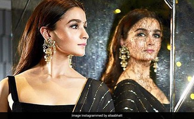 bollywood Actor Alia Bhatt Revealed The Secret To Her Glowing Skin And It's So Simple!