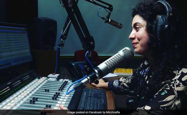 Meet Rafia Rahim, First Woman Radio Jockey In Kashmir's Budgam