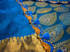 3 Beautiful <i>Sarees</i> Under Rs 1,500 That Will Make You Stand Out