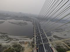 Delhi Police Stop Man From Committing Suicide Near Signature Bridge