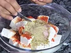 स्पाइसी पनीर टिक्का