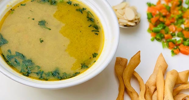 Winter Immunity Diet: Have Spicy Almond Soup 'Subz Badam Ka Shorba' To Warm Up From Within