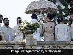 दीपिका पादुकोण-रणवीर सिंह की शादी की तस्वीरें आई सामने, यूं दिखी 'बाजीराव-मस्तानी' की जोड़ी