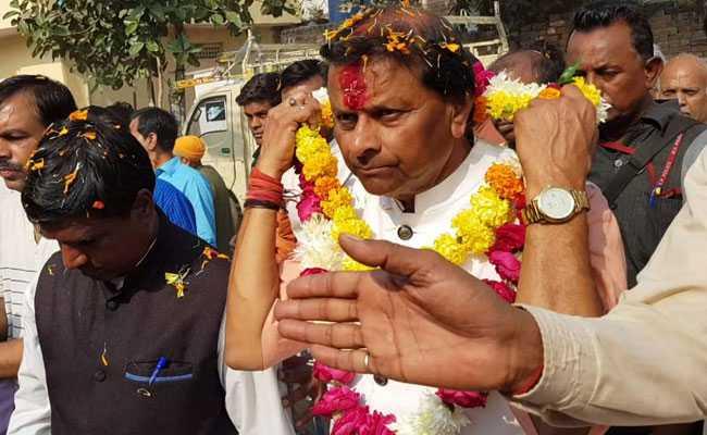 मध्यप्रदेश चुनाव: कभी रहे थे 'उग्र हिंदुत्व' के समर्थक, अब रामजन्मभूमि नहीं विकास के मुद्दे पर मांग रहे हैं वोट
