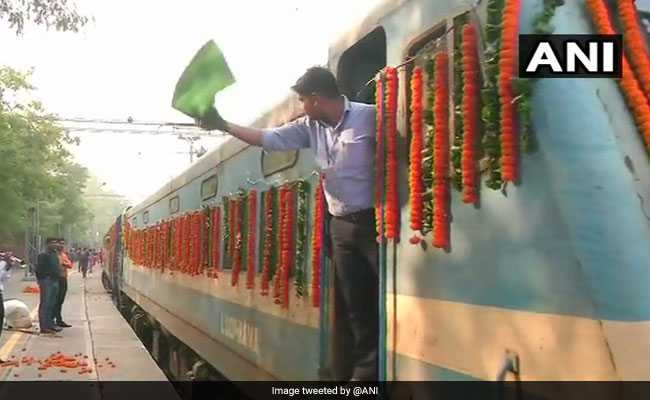 Shri Ramayana Express Flagged Off From Delhi: 5 Points
