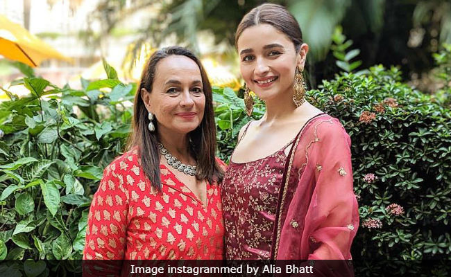 Alia Bhatt Reviews Short Film, Starring Her Mother Soni Razdan And Father Mahesh Bhatt