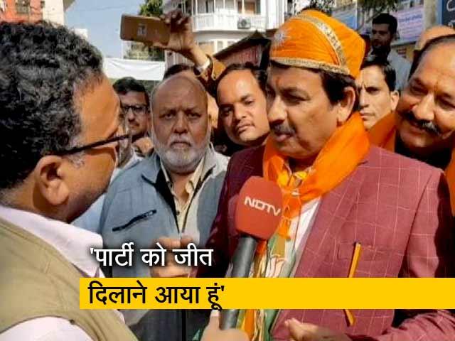 Videos : राजस्थान के रण में मनोज तिवारी