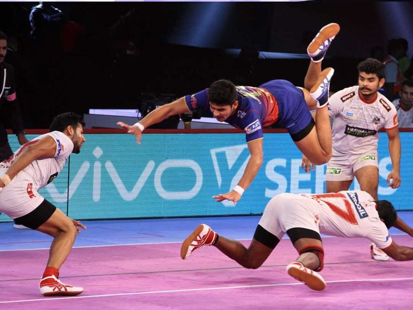 Pro Kabaddi League: Haryana Steelers Defeat Dabang Delhi, Patna Pirates Edge Past Bengaluru Bulls