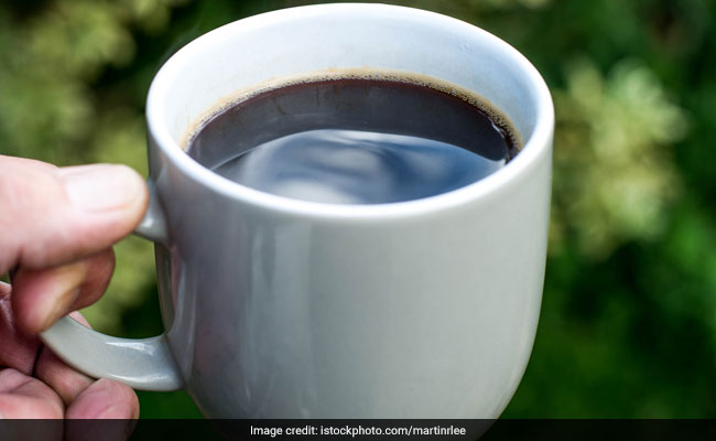 Black Tea V/s Black Coffee: Which One Is Better For Weight Loss?
