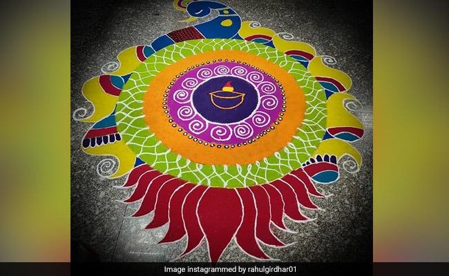 दिवाली 2018: रंगोली के सबसे आसान और खूबसूरत डिज़ाइन, बनाएं और करें अपने घर में लक्ष्मी जी का स्वागत
