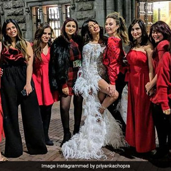 3 Ways To Make Your Bachelorette Party More Fun Like Priyanka Chopra's