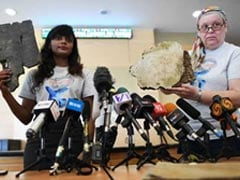 Kin Of Passengers From MH370 Hand Over 5 New Pieces Of Suspected Debris