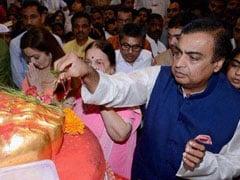 Mukesh Ambani Offers Prayers At Tamil Nadu's Rameswaram Temple