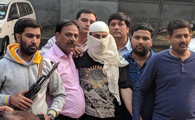 सब इंस्पेक्टर की हत्या का आरोपी संदिग्ध आतंकी दिल्ली एयरपोर्ट से गिरफ्तार