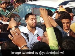 RJD Youth Wing Workers Clash With Patna Police, Tejashwi Yadav Protests