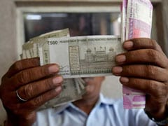 Rupee Edges Lower To Close At 68.82 Against Dollar
