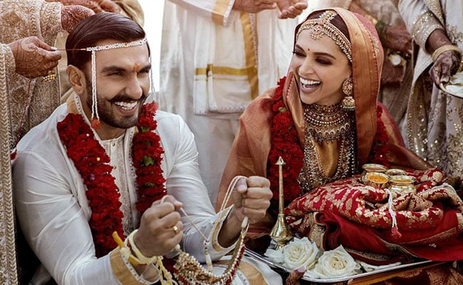 First Wedding Pics Of Deepika Padukone And Ranveer Singh After Band Baaja Baaraat In Italy
