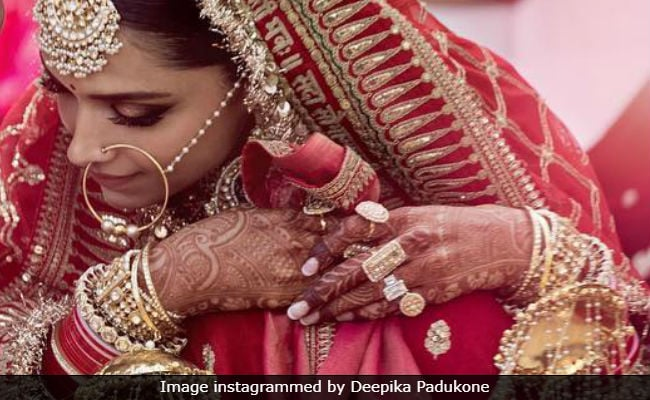 The Internet's Obsessing Over Deepika Padukone's Ring, Reportedly Worth A Couple Of Crores