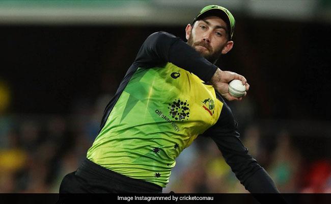 इस खिलाड़ी ने 'सुपरमैन' की तरह उड़कर लिया कैच, देखता रह गया बल्लेबाज और गेंदबाज, देखें VIDEO