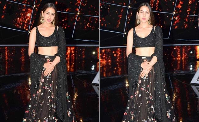 Get Yourself A Shimmery Blouse Like Sara Ali Khan