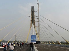 1 Dead, 3 Injured After Car Rams Into Divider At Delhi's Signature Bridge