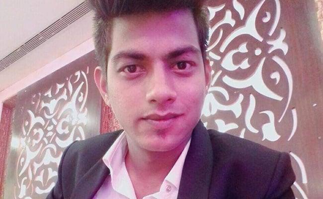 दिल्ली: एक दिन पहले हुआ था झगड़ा, फिर घर से बाहर बुलाकर थाने से महज 100 मीटर दूर सरेआम चाकू से गोदकर की हत्या