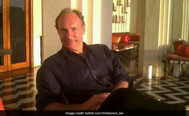 Sir Tim Berners-Lee launches new 'Contract for the Web'