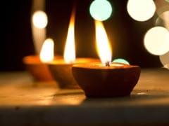 Dev Deepawali 2018: कार्तिक पूर्णिमा और गुरु पर्व के दिन मनाई जाती है देवों की दिवाली, जानिए देव दीपावली की पूजा विधि, महत्व और कथा