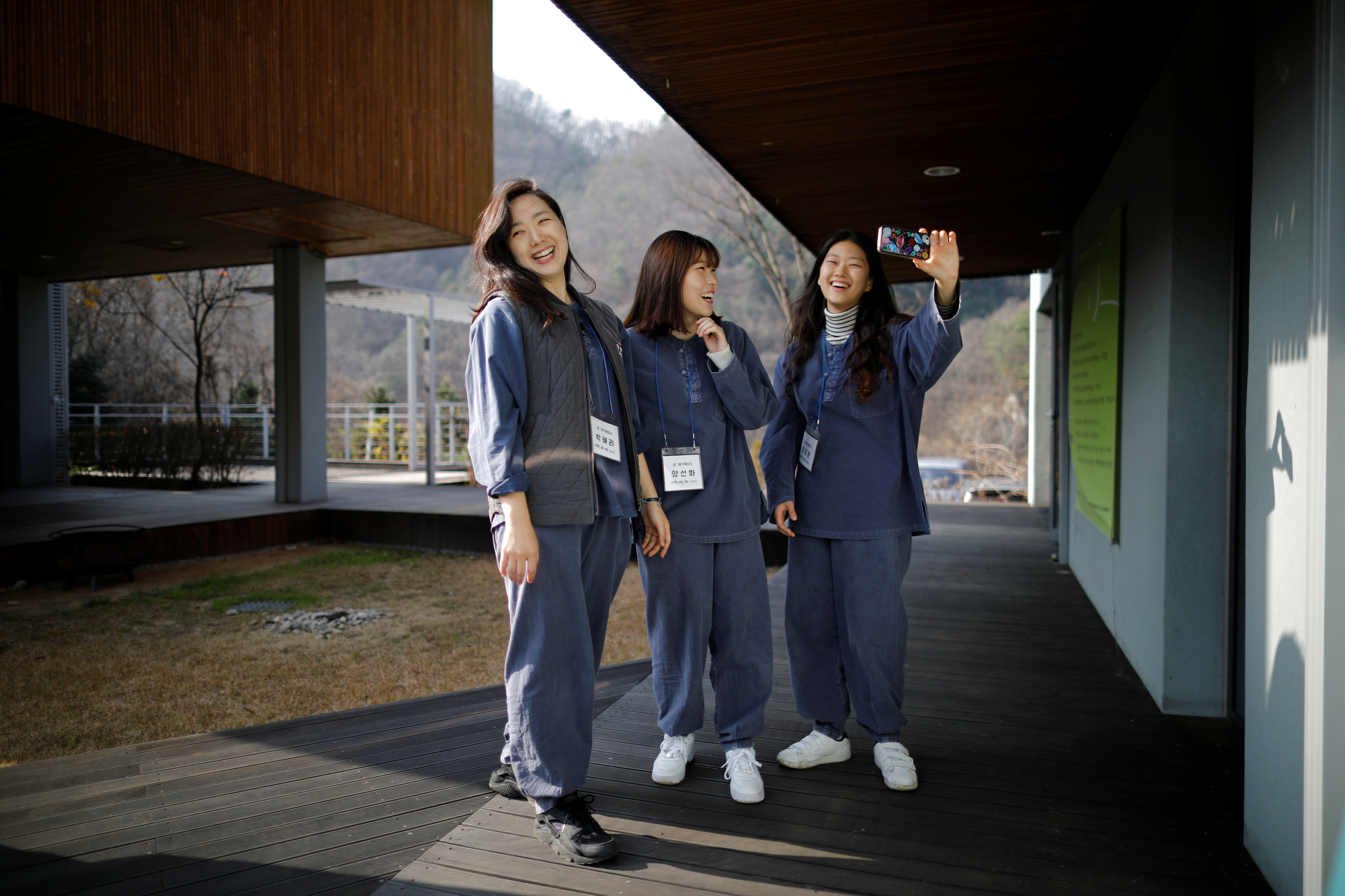 'Prison For Freedom': South Koreans In Need For A Break Lock Selves Up