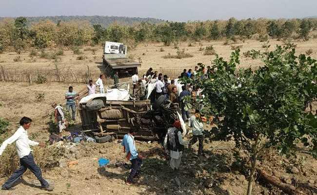 मध्यप्रदेश के सागर जिले में भीषण सड़क हादसा, नौ लोगों की मौत