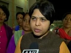Activist Trupti Desai, Heading To Sabarimala, Faces Protests At Airport