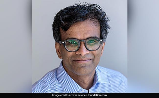 Infosys Prize 2018, Social Sciences, Sendhil Mullainathan, University Professor, Professor of Computation and Behavioral Science, and George C. Tiao Faculty Fellow, The University of Chicago Booth School of Business