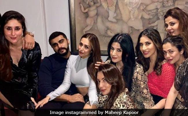 Malaika Arora And Arjun Kapoor Party With Pals Kareena Kapoor, Sophie Choudry