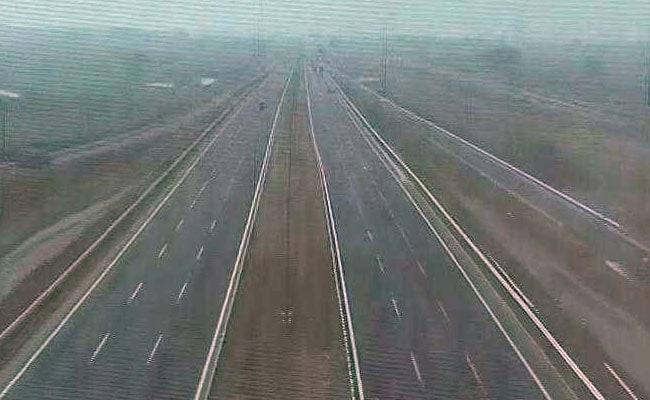 केएमपी एक्सप्रेसवे (KMP Expressway) : जानिए, कहां-कहां जा सकेंगे, क्या है गतिसीमा, कितना देना होगा टोल - 8 खास बातें