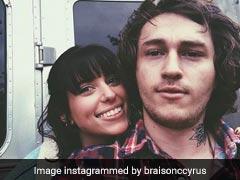 माइली सायरस के भाई ने गर्लफ्रेंड संग की सगाई, सोशल मीडिया पर शेयर की Photos