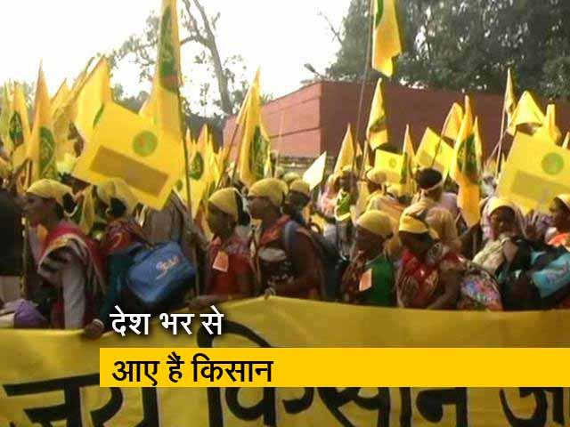 Videos : Top News @ 8 AM: रामलीला मैदान से संसद तक करेंगे मार्च