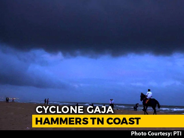 Video : Over 76,000 Evacuated As Cyclone Gaja Hammers Coastal Tamil Nadu