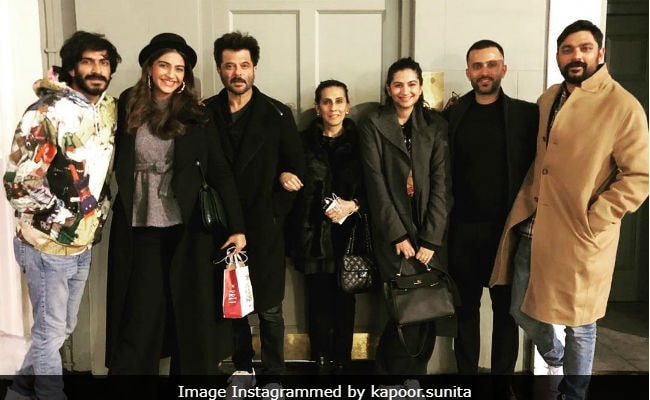 Another Day, Another Fab Pic From Anil Kapoor, Sonam-Anand, Rhea And Sunita's London Diaries