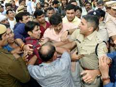 File Complaint Against Manoj Tiwari, Satyender Jain Tells Top Official