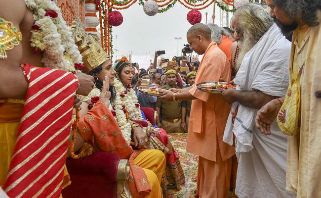 सीएम योगी आदित्यनाथ का बड़ा ऐलान: अयोध्या में बनेगी भगवान राम की मूर्ति