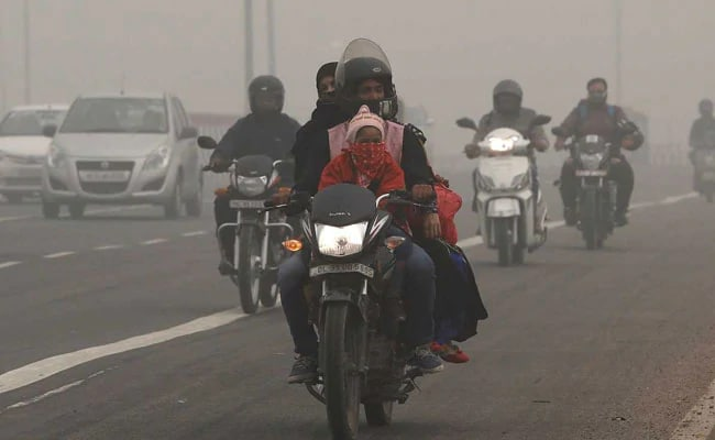 Delhi Air Remains Hazardous. Wear Masks, Avoid Outdoor Activity, Say Docs