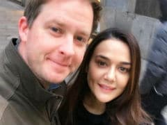 For Thanksgiving, Preity Zinta Flies Out Of India To Meet '<i>Pati Parmeshwar</i>' Gene Goodenough