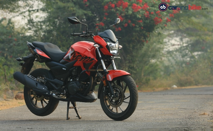 The Hero Xtreme 200R is priced at Rs. 89,900 and has only one variant