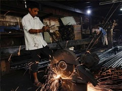 October Manufacturing Index Expands At Fastest Pace In 4 Months: Survey