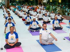 Amid CBI War, Sri Sri's Art Of Living Workshop For 150 Officers