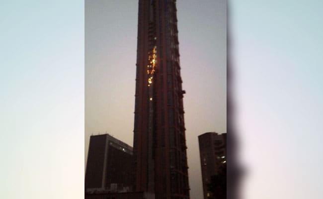 कोलकाता में निर्माणाधीन सबसे ऊंची इमारत में आग लगी